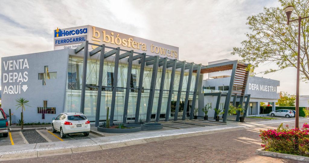 Imagen del edificio donde se ha llevado a cabo un proyecto de arquitectura, interiorismo y decoración del complejo residencial de alto standing Biosfera Towers por parte de Manuel Torres Design