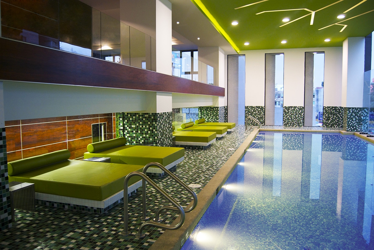 Diseño del interior de este edificio donde se aprecia la nueva zona de aguas diseñada por el estudio de diseño internacional Manuel Torres Design