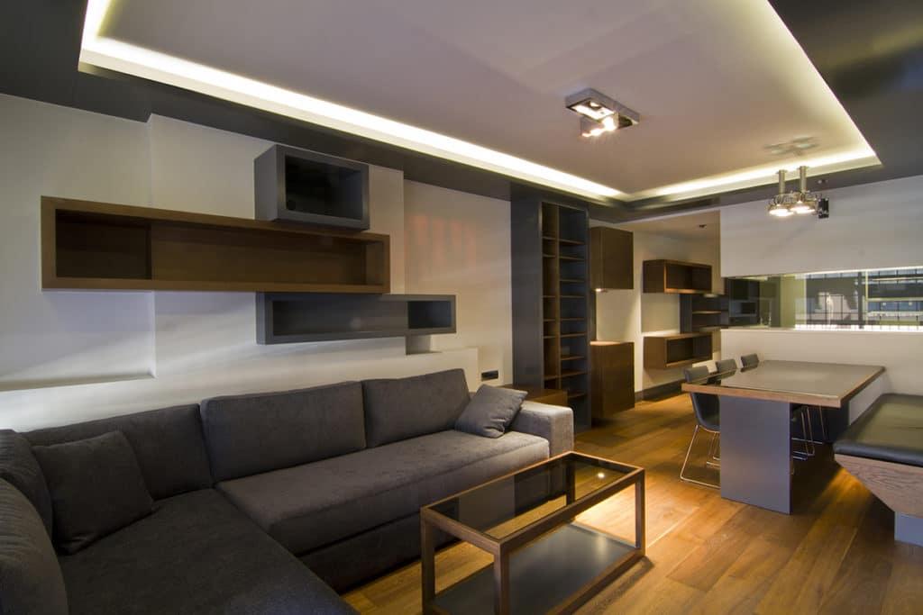 Reforma integral de un apartamento en Barcelona con un diseño elegante
