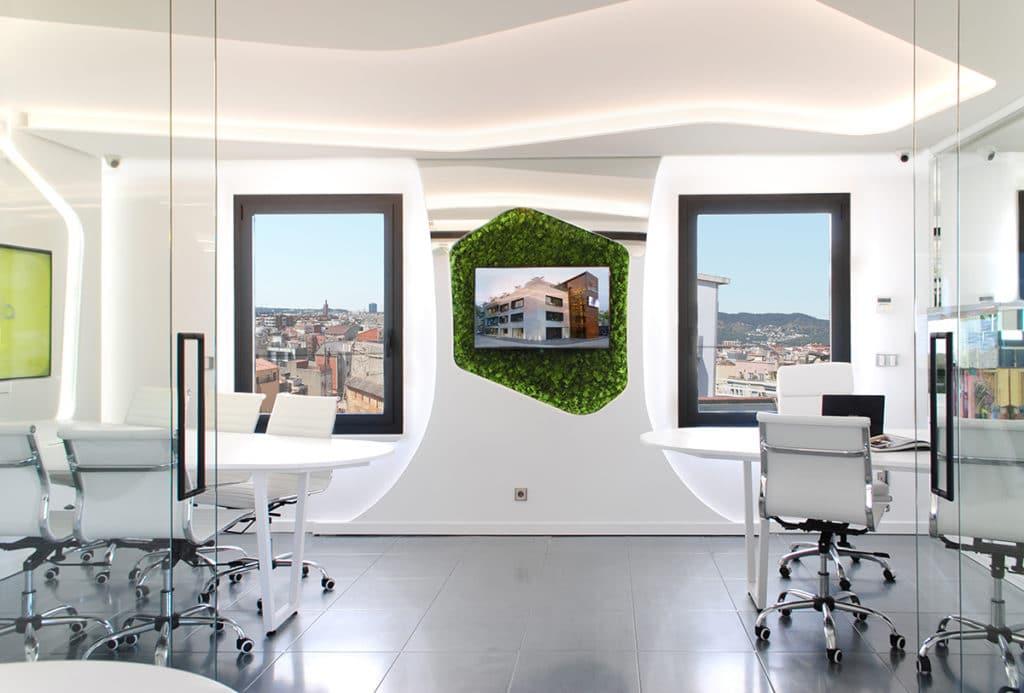 Diseño de interiorismo de las oficinas corporativas del Grupo Complementa en Barcelona por parte de Manuel Torres Design donde se puede observar parte de las oficinas