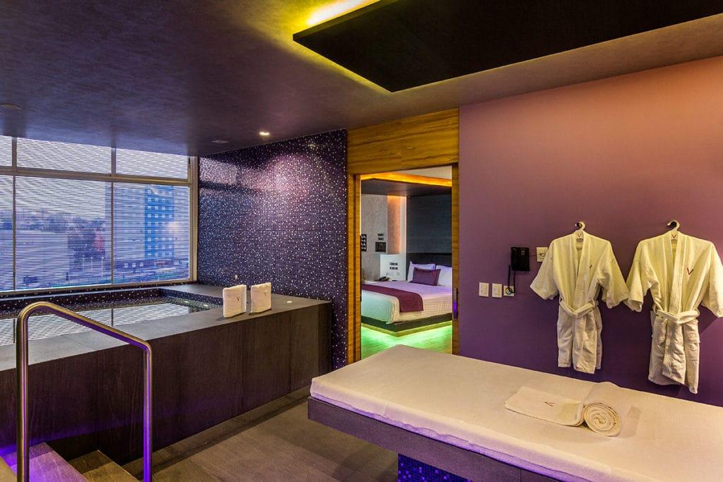 Interiorismo y decoración del hotel de lujo V Motel Boutique ubicado en México por parte del estudio de diseño internacional Manuel Torres Design