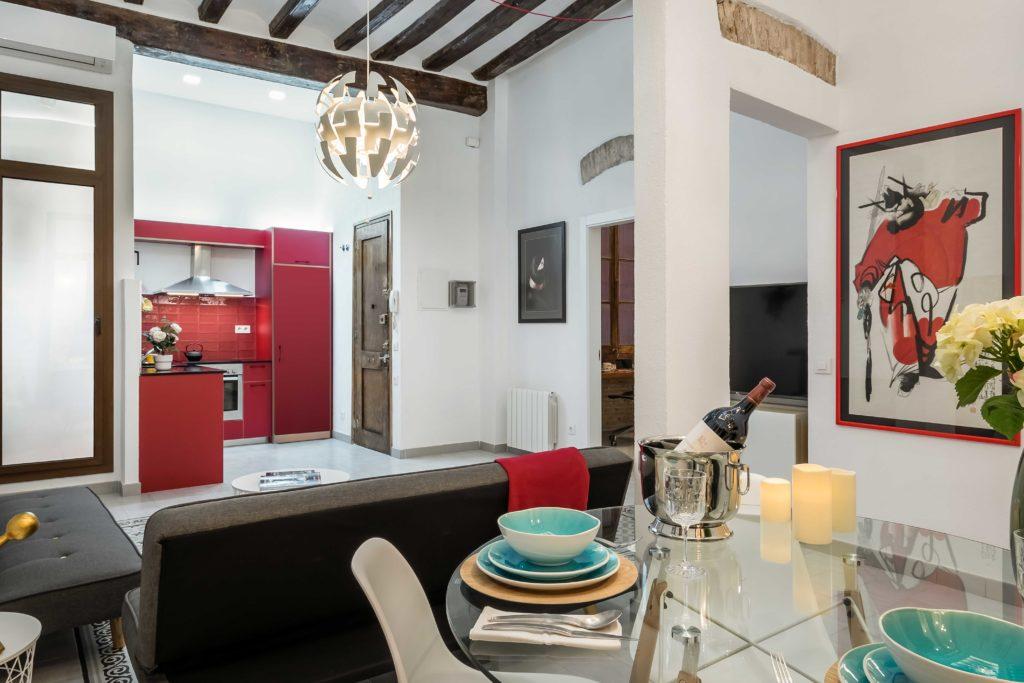 Resultado final de la reforma integral y el diseño de interiores de esta vivienda en Barcelona por parte del estudio de diseño internacional Manuel Torres Design